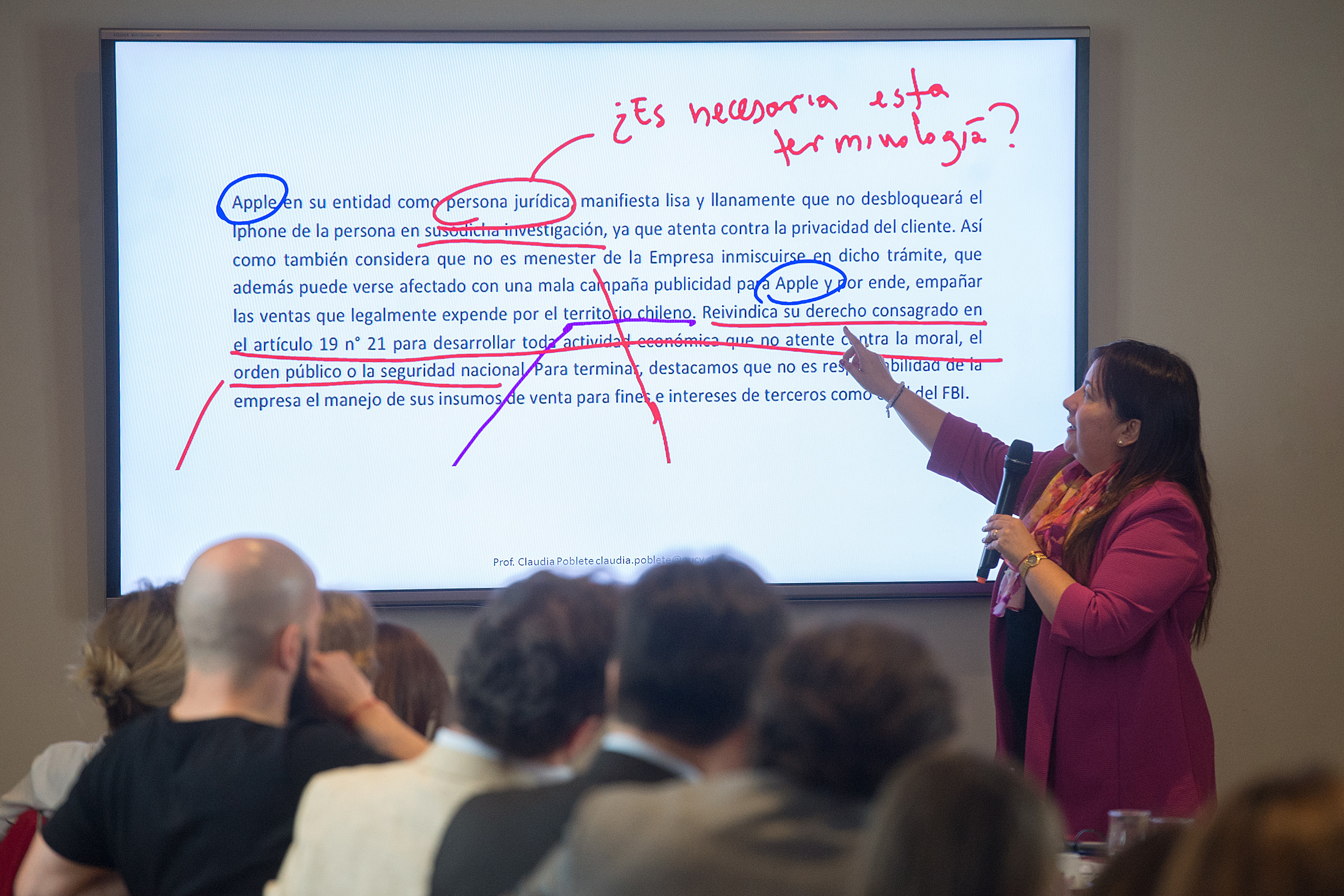 Lenguaje claro en el ámbito jurídico-administrativo. Hacia la transparencia del servicio público